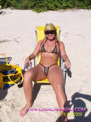 Catia Carvalho mini bikini