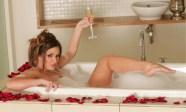 Lucy-Pinder-Feet-119790