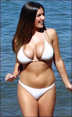 Lucy-Pinder_best British breasts