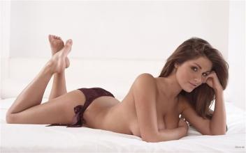Lucy_Pinder_nice-lucy-pinder