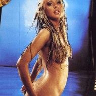 Christina Aguilera butt crack naked