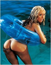 Christina Aguilera wet and nude