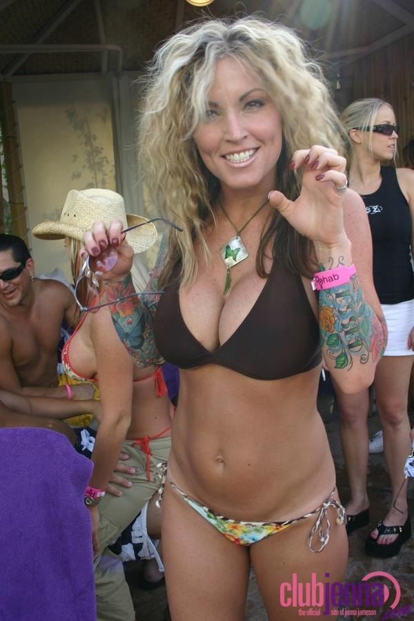Janine Lindemulder Handgagging Pornstars  Pygod Blog Porn-5784