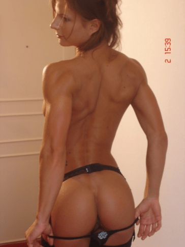 Sarah-de-Herdt-beautiful-slim-Bodybuilder cul