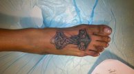 Jasmin-St_-Claire-Feet-tattoo-01