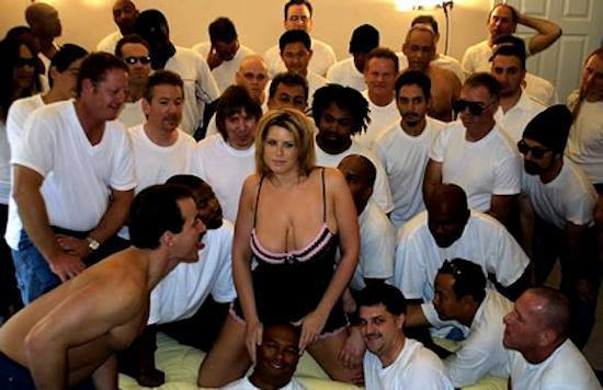 Lisa Sparxxx who had sex with 919 men in only one day