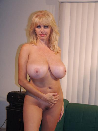 Penny_Porsche big tits milf