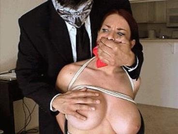 Goldie Blair HOM handgagged