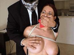 Goldie Blair HOM handgagged