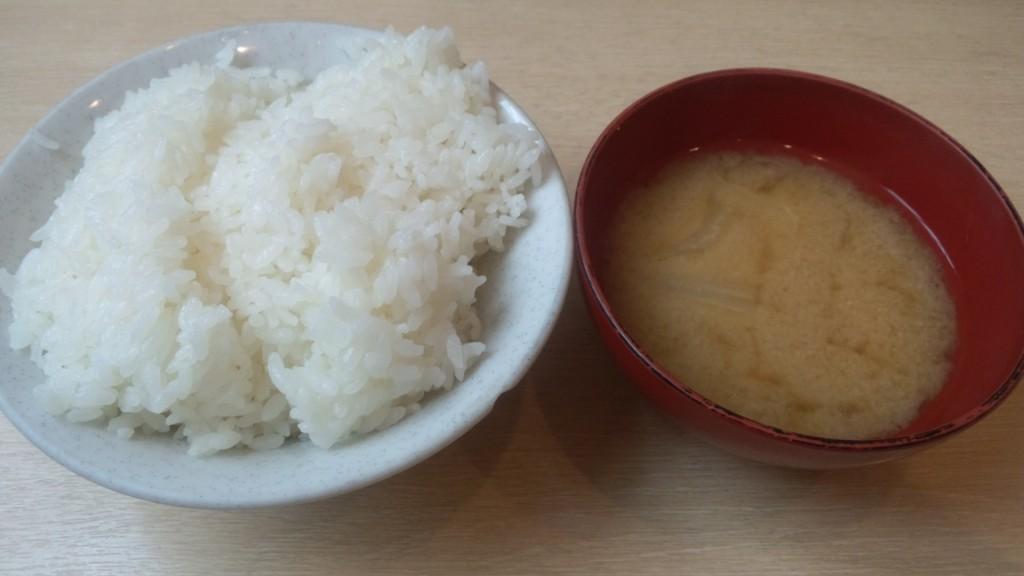 朝美ご飯普通味噌汁