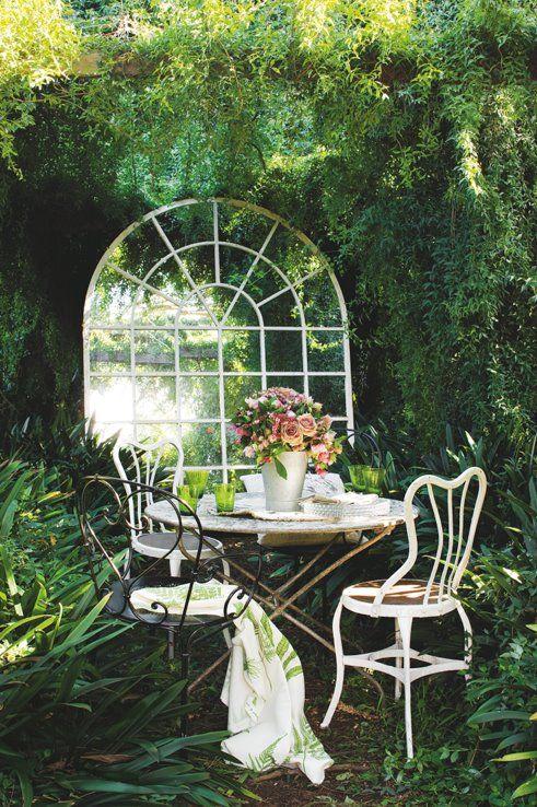 Garden Design Mirrors In The Garden