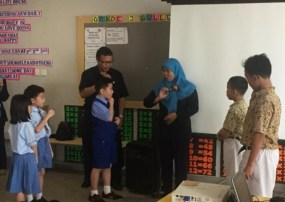 Learning more about how to do sign language