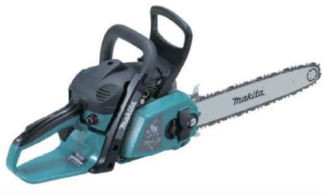 Makita petrol chainsaw review - Another good, all round, mid-range chainsaw ideal for home users, you can tell this model has been designed for the home user in mind with its simple and easy to use light weight design.