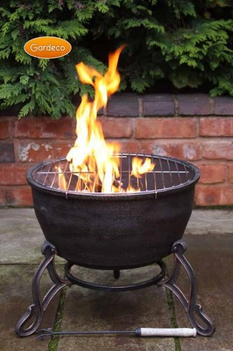 Best Firebowl - Gardeco Elidir Cast Iron Fire Bowl