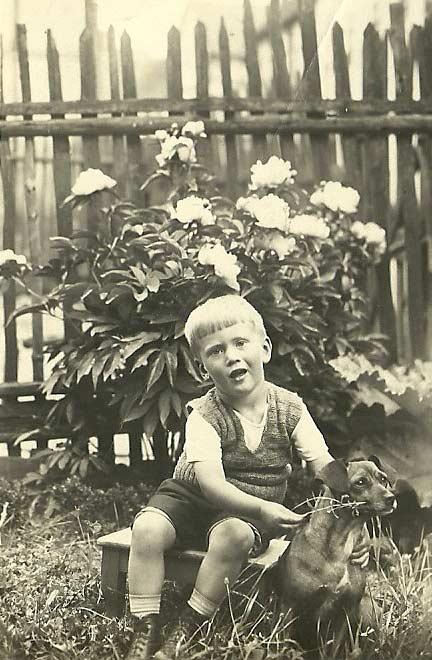 Mein Onkel Willi, Jahrgang 1929, im Kleinkindalter.
