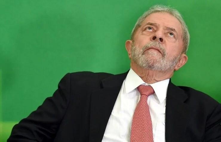 Lula debe entregarse hoy y presenta nuevo recurso para evitar la cárcel