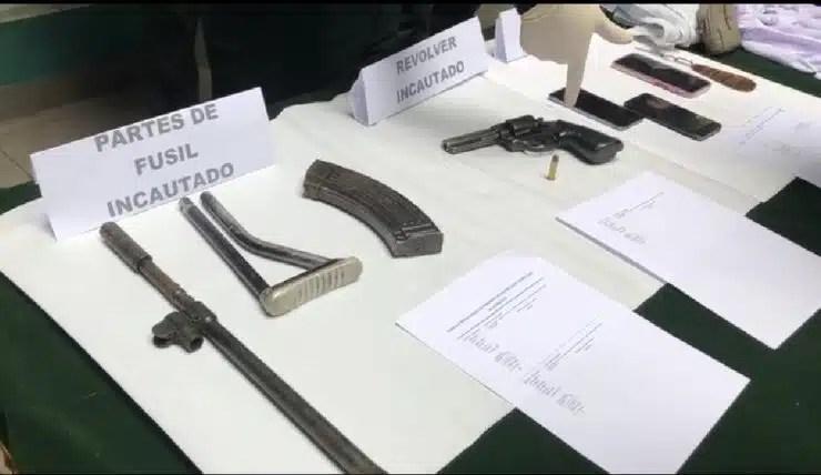 venezolanos armas de guerra en Peru