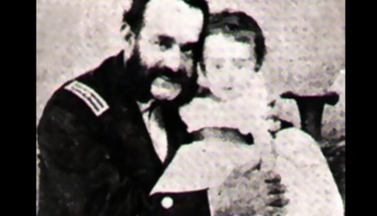 MIguel Grau y su hija