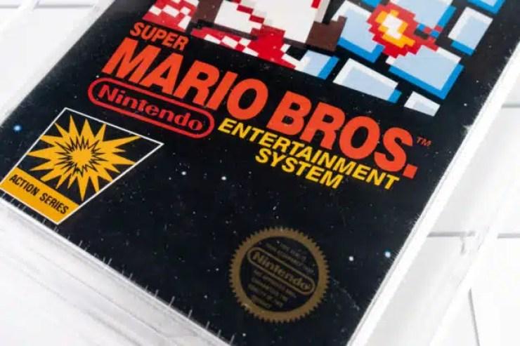 Cartucho de Super Mario Bros de 1987 se vende a un precio récord