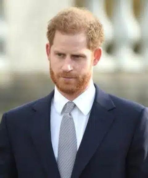 La reina no quiere que Harry se quede en su aniversario para evitar el drama