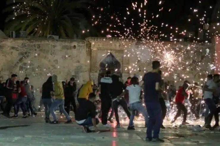 Jerusalén tiene nuevo enfrentamiento entre manifestantes palestinos y policía israelí