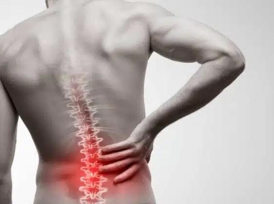 cómo retrasar el envejecimiento de la columna vertebral