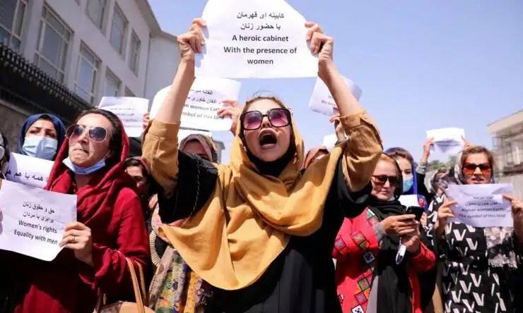 Las fuerzas talibanes cerraron protestas en Afganistán
