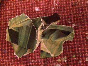 Rivna pappersbitar grönt