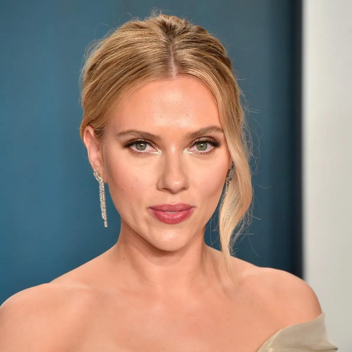 Decorative Image of Scarlett Johansson