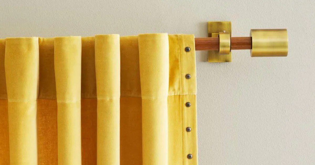 the best curtain rods according to interior designers
