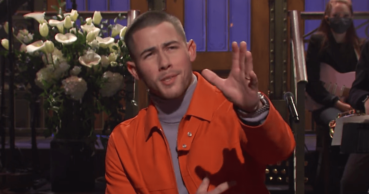 [WATCH] Nick Jonas Monologue Features Kevin Jonas