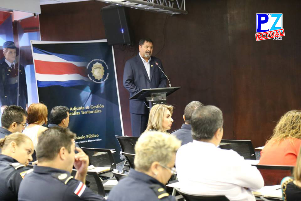 Ministro de Seguridad, Gustavo Mata Vega  wwwpzactual.com