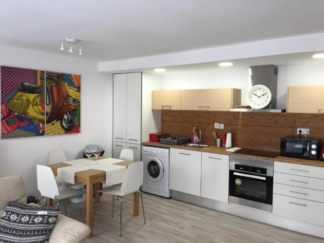 Modern 2 Bedroom Apartment Valencia Spain Booking
