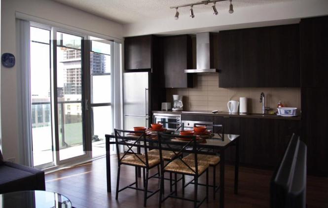 C 1 Bedroom Apartment Toronto Canada Booking