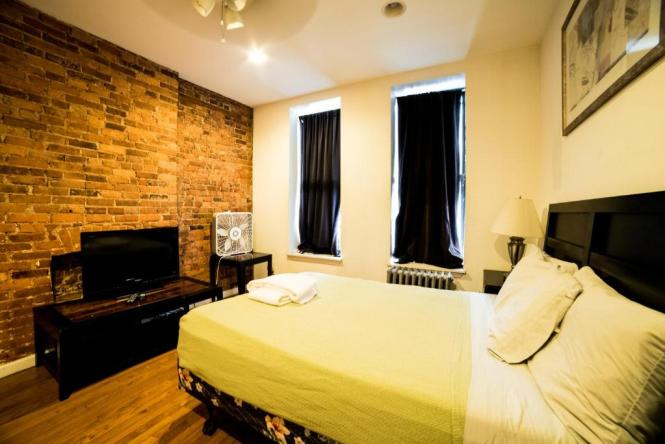 Apartment Midtown Two Bedroom Apt New York Ny Booking