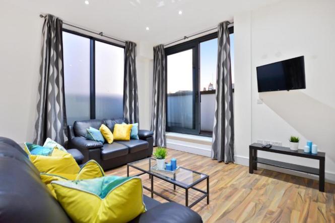 London Luxury Apartments Art Hotels