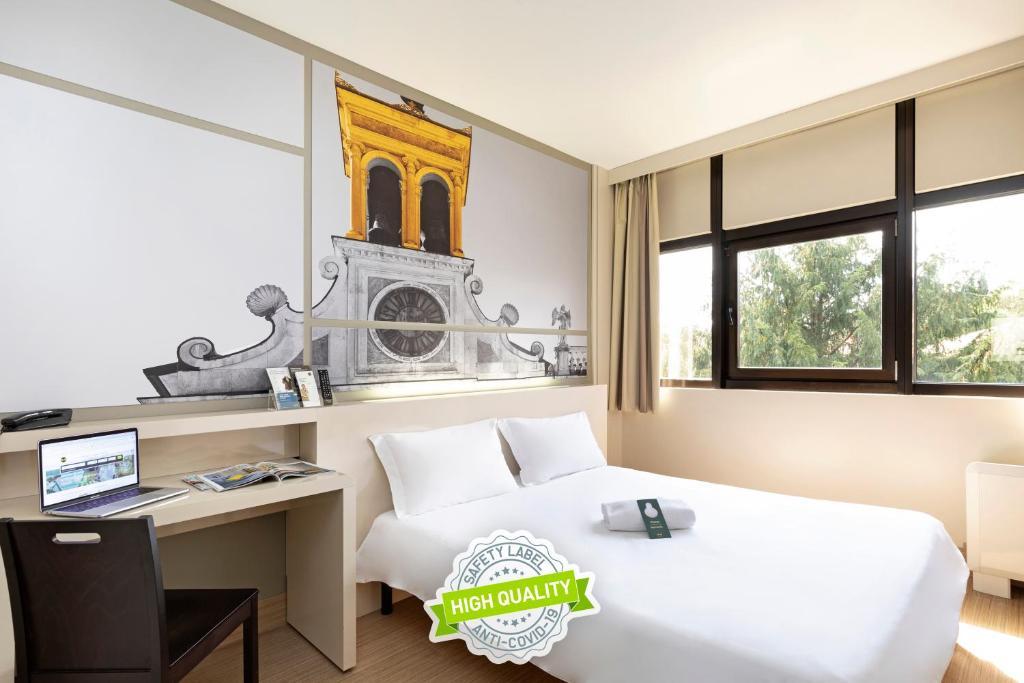 Home > vetrina > camere da letto. B B Hotel Udine