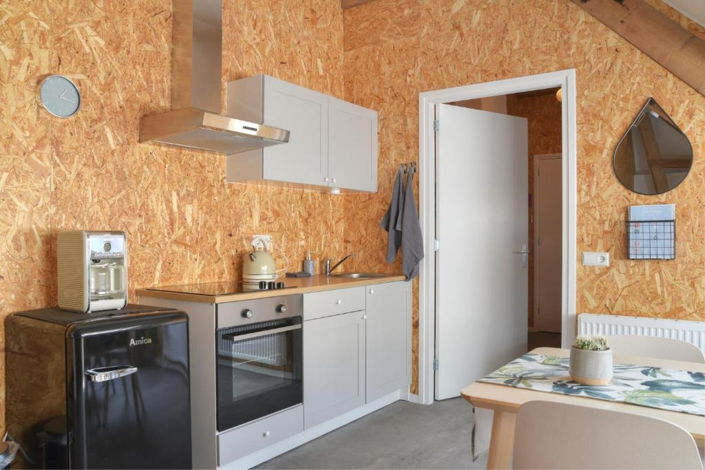 bedstay lemmer apartment with kitchen