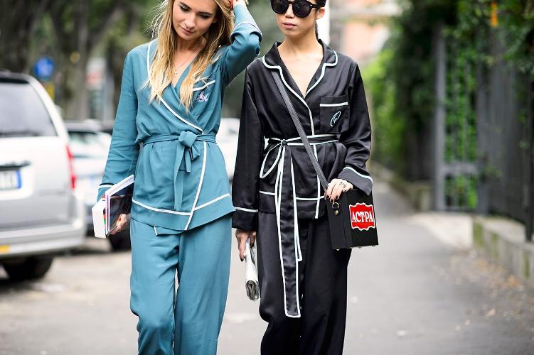 Q2 Textilvertreib manufacturer of sweatshirt, tank top, hoodie, sleeping set, pajama set, boxer short, jogging set, jogging pant, young fashion, street wear, nightwear