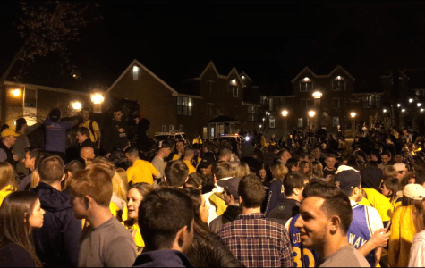 Students gather on Bobcat Way despite Frozen Four loss