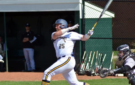 Offense shines as Quinnipiac splits Saturday doubleheader with Canisius