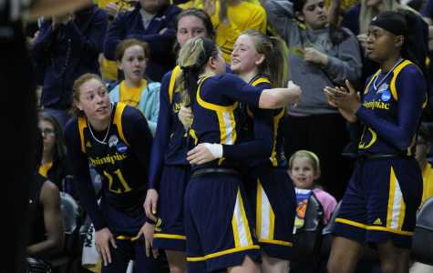 Quinnipiac's season comes to an end as UConn wins in-state battle in Round of 32