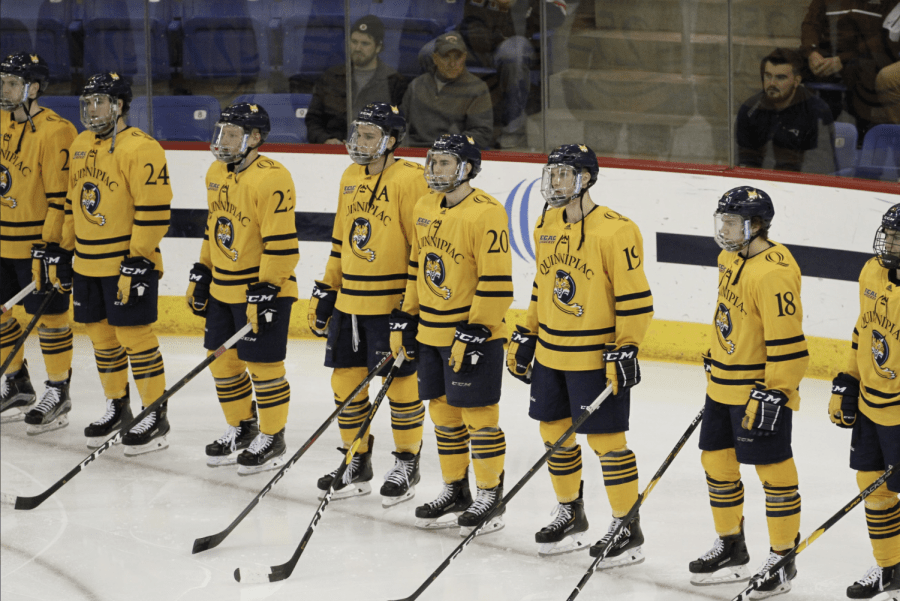 No. 8 Quinnipiac upsets No. 1 Massachusetts 4-0, Andrew Shortridge records 32 saves