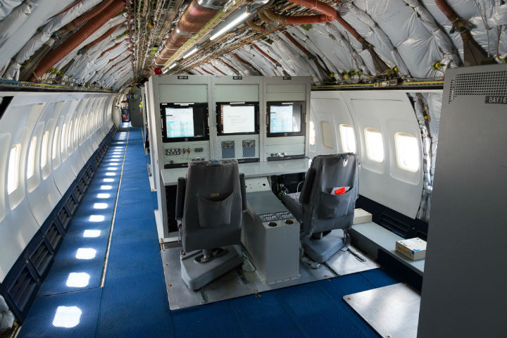 Honeywell B757 interior 1