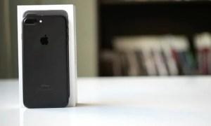 ايفون 7 عادي 128 جيجا