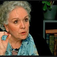 Q VIDEOS - C.Edwards retaitée de l'O.N.U. balance tout, le covid-19 est le genocide de 2020.