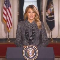 """Q SCOOP - """"Les messages de Melania Trump""""."""