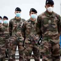 """Q SCOOP - """"Oui, nos ainés ont raison"""" : Des militaires actifs publient une nouvelle tribune."""