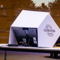 Q SCOOP - Un 2ème audit médico-légal est maintenant demandé, alors que le sort du procès électoral dans le Michigan est en suspens.