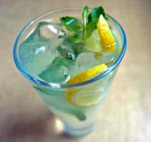q and t vietnamese kitchen drinks list image